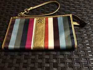 $35.00 Coach Legacy Zippy Striped Wallet w/Gold Leather Trim Prince George British Columbia image 1