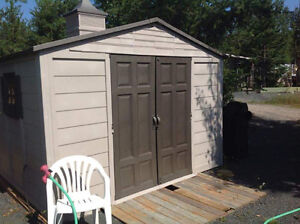 10' x 8' Rubbermaid Shed