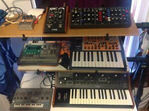 SYNTHS KEYBOARDS ORGANS AND INSTRUMENTS