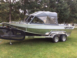 North River 20 ft trappers series 5.7L