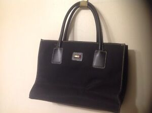 5purses to be sold all together
