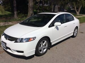 2011 Honda Civic Auto SE White Clean Mint