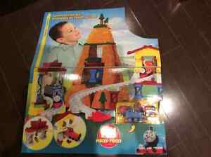 Brand new Thomas play set Oakville / Halton Region Toronto (GTA) image 2