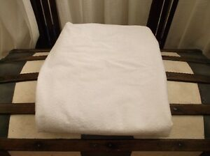 Like New Cotton Terry Crib Watterproof Mattress Protector Cover