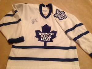 Youth Small Maple Leafs Jersey - Signed by Doug Gilmour