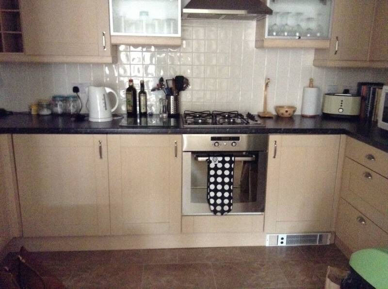***-ZONE 1-***-PW TWIN ROOM-***-CALL TODAY MOVE TODAY-***-8 MIN TOWER BRIDGE