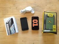 iPhone 4s with otter box 16gb telus