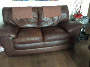 Mobilia Causeuse Buy And Sell Furniture In Canada Kijiji Classifieds