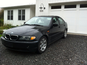 2003 325i BMW noir Berline