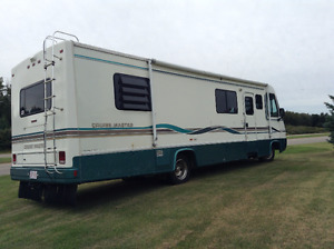 33 ft Georgie Boy Cruisemaster Motorhome
