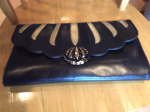 EVENING CLUTCH PURSE - BLACK/GOLD