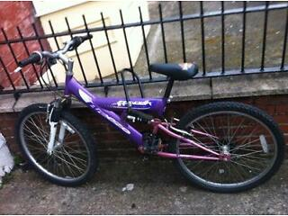Ladies/girls bike