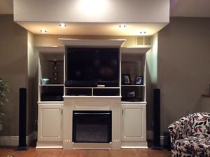Entertainment Unit with electric fireplace insert