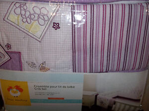 DERNIER CHANCE literie neuf ensemble pour lit de bebe, crib set