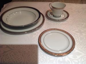 Fine china dinnerware set- Noritake