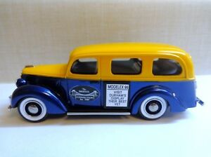 DURHAM CLASSICS '39 FORD BUS MODELEX 1996 #13 OF 50