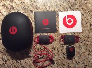 Beats Studio 2.0 **NEW in box!!  West Island Greater Montréal image 3