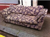 Big 7ft Sofa / DFS / Free Glashow delivery