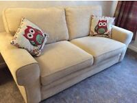 Beautiful 3 seater sofa, excellent condition!