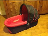 I Candy Cherry carrycot