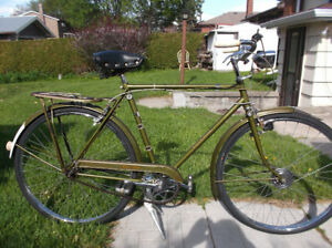 70s Raleigh Superbe 3spd (New Tires&Tubes)