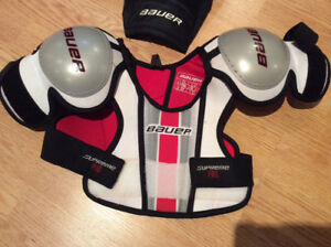 Youth Bauer Large hockey shoulder pads and pants