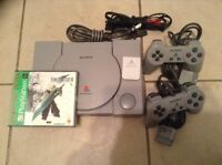 Console PS1 play station 1 avec Final Fantasy VII