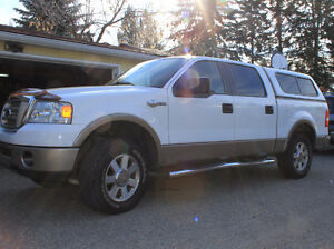 2006 Ford F-150 SuperCrew King-Ranch pickup truck w/cap