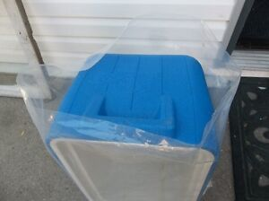 ROLL OF PLASTIC BAGS - 6 mil X 29 TALL X 22 WIDE Belleville Belleville Area image 9