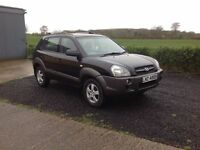 2006 Hyundai Tucson 2.0 gsi motd dec 16 black over grey low miles 75.000