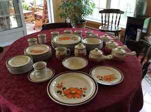 Set de vaisselle vintage