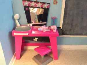 Cute Play Vanity with Mirror