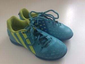 BOYS INDOOR TURF SOCCER SHOES