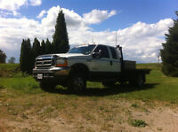 2001 Ford F-350 4x4 dually 230 k on new motor