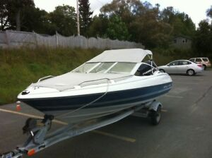 17ft Bayliner Capri Bowrider with 2009-90hp Evinrude etec