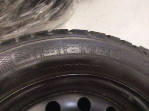 (4)Gislaved Nord Frost 205/55R16 hiver 7/32 Honda