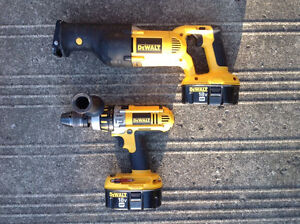 Dewalt hammer drill and reciprocating saw combo
