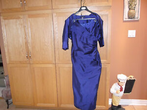 BEAUTIFUL DRESS FOR SALE...USED ONCE MOTHER OF GROOM