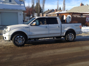 2013 Ford F-150 SuperCrew Platinum Pickup Truck