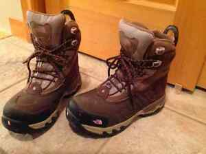 North face boots, ladies size 9