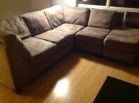 Sectional Couch with chaise lounge