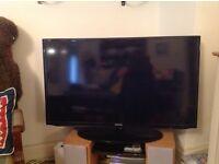 "40"" LED Samsung TV"