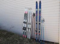 Ski +Baton + botte.