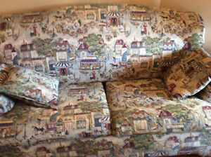 Like New double sofa bed pull out.