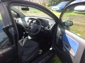 MINT BLUE CITROEN C2 interior.