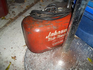 #greenspotantiques Johnson outboard motor gas can, old pine boar