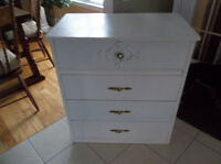 Four drawers wood dresser