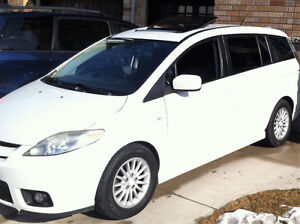 2007 Mazda5 Wagon, Automatic, Sunroof, Power options, very clean
