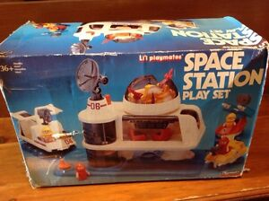 Vintage Space Station play set Playmates Windsor Region Ontario image 6