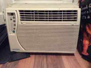 AIR CONDITIONER FOR SALE !!